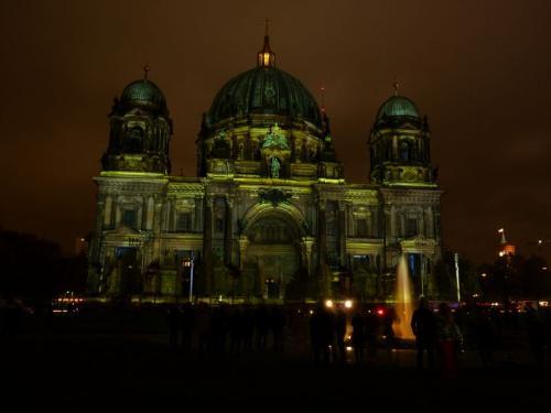 k-Berliner Dom beleuchtet beim Festival Of Lights (32)