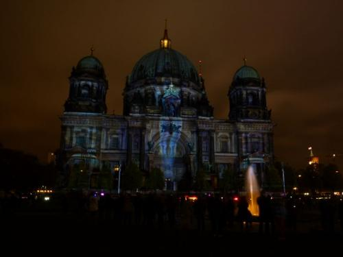 k-Berliner Dom beleuchtet beim Festival Of Lights (35)