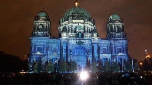 k-Berliner Dom beleuchtet beim Festival Of Lights (7)