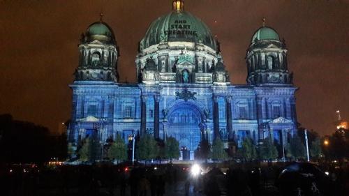 k-Berliner Dom beleuchtet beim Festival Of Lights (8)