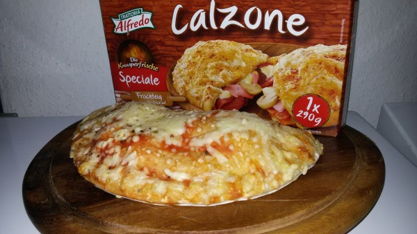Pizza Calzone Alfredo