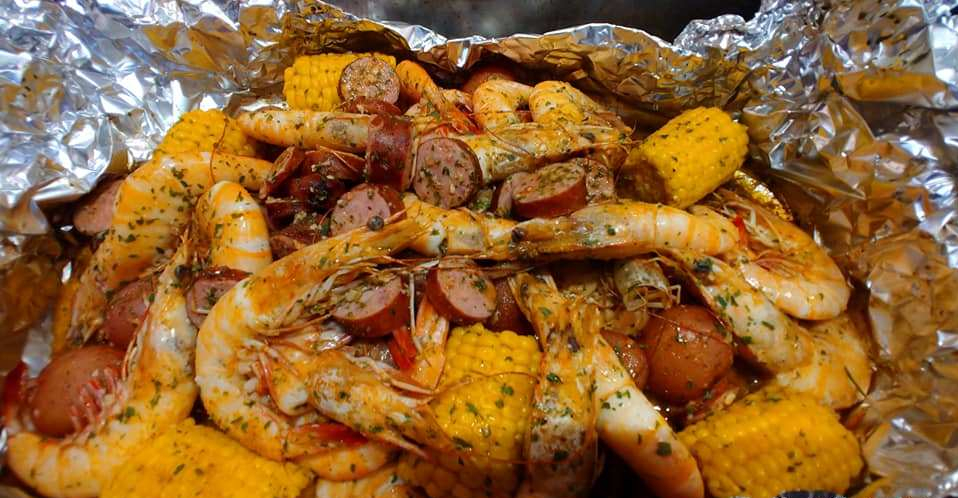 QUICK AND EASY 10 MINUTE CAJUN SHRIMP BOIL RECIPE