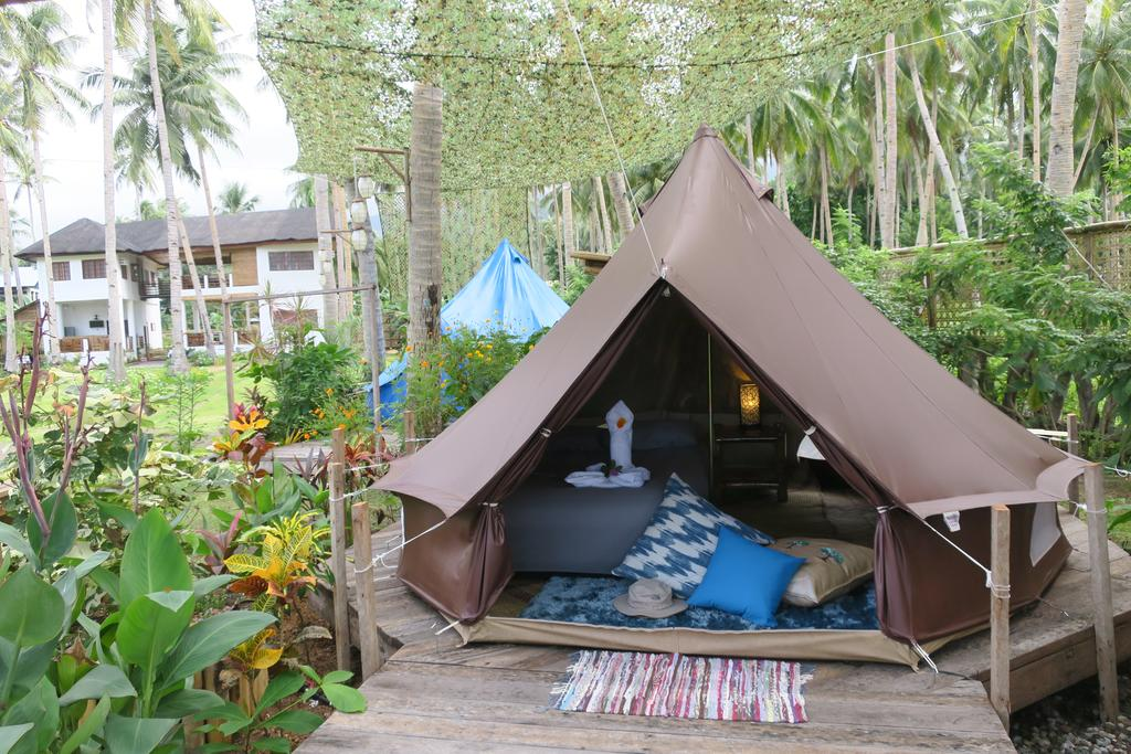 BEACH GLAMPING DESTINATIONS IN PHILIPPINES