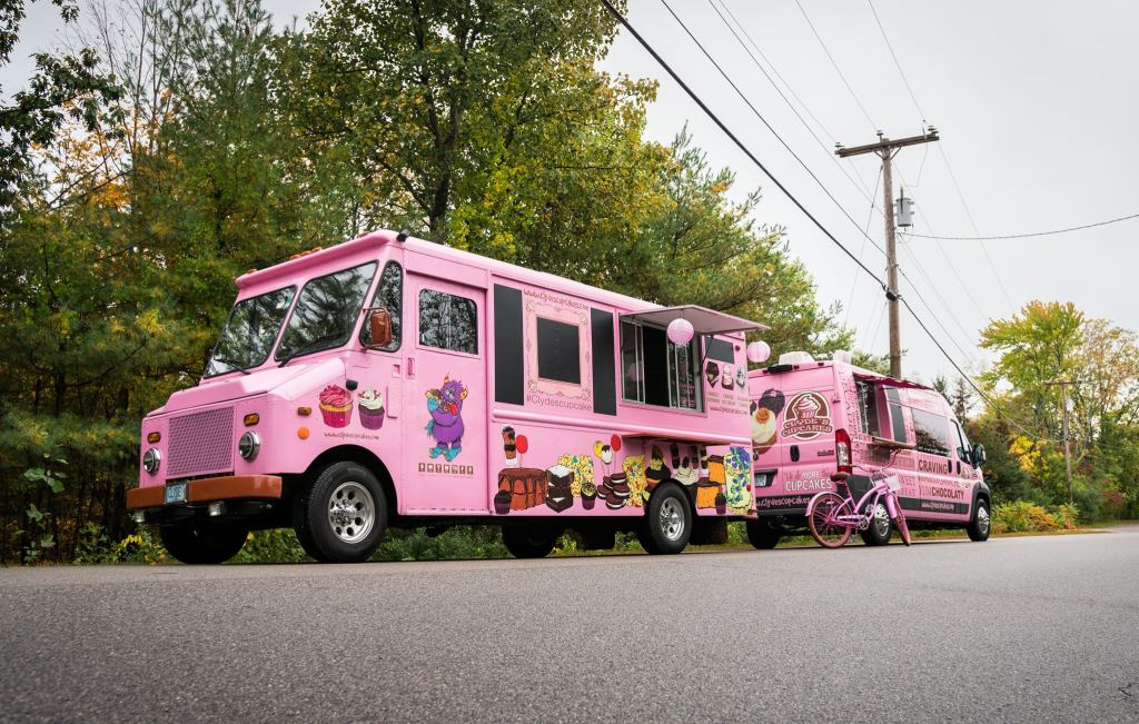 Clyde's Cupcakes Food Truck