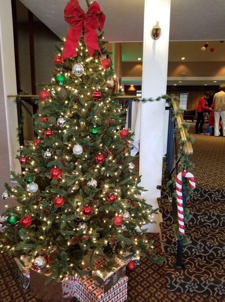 The International Golf Club and Resort - Brunch with Santa - Holiday Decor