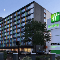 Holiday Inn Boston Bunker HIll