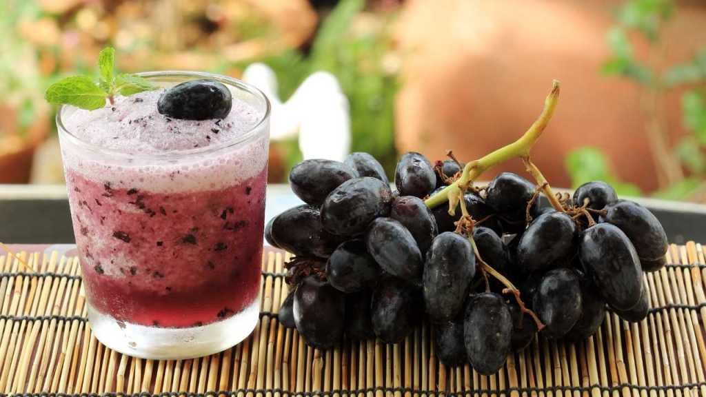 grapes smoothies
