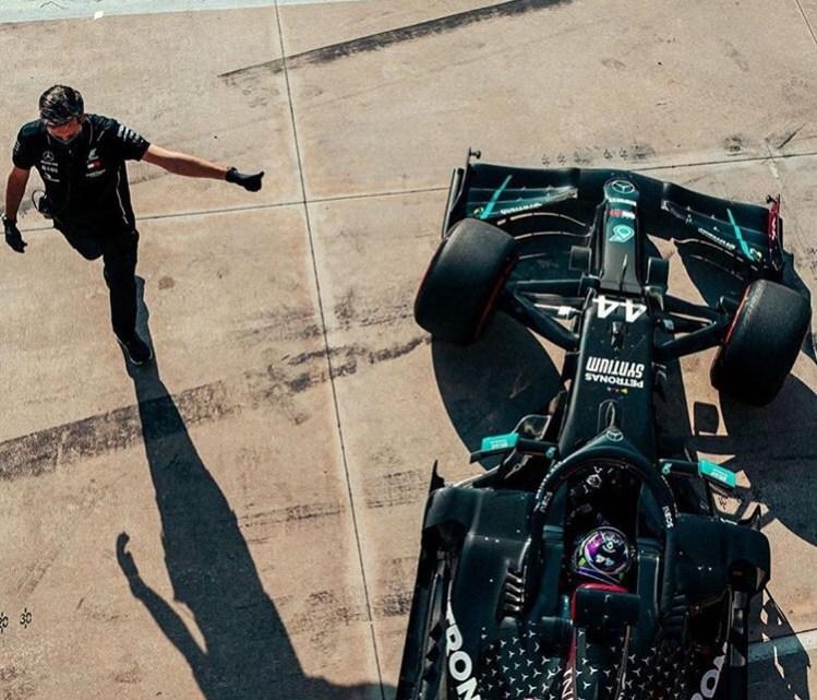 F1 | Le pagelle del Gran Premio d'Emilia Romagna: Hamilton martello, sorpresa Kvyat e disastro Albon.