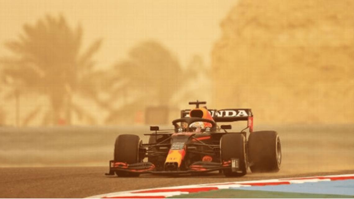 Prima giornata di test: Verstappen vola nella tempesta.