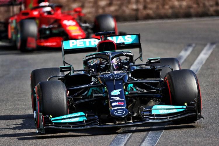 Hamilton durante il GP d'Azerbaigian