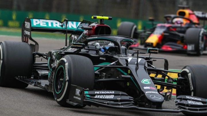 Mercedes cambia: fuori Petronas e dentro Aramco