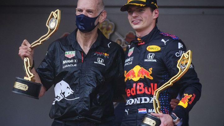 Adrian Newey tornato operativo dopo l'incidente in bici: può aiutare la Red Bull?