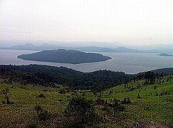 屈斜路湖を上から展望(美幌峠)。 これはすごい。 ツーリングまっぷる表紙みたいな景色でしたね。