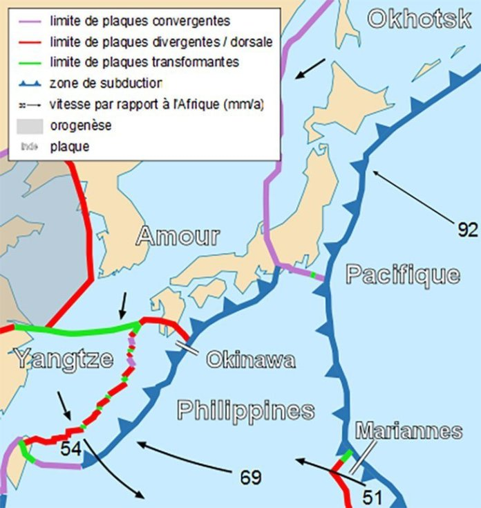 Tectonic map of Japan fr - Pourquoi tant de tremblements de terre frappent le Japon ?