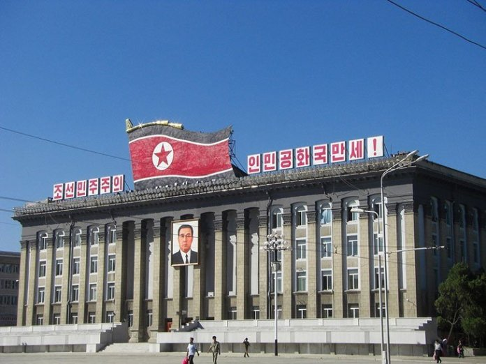visuel japon coree - Shinzo Abe veut toujours rencontrer Kim Jong-un, malgré les missiles