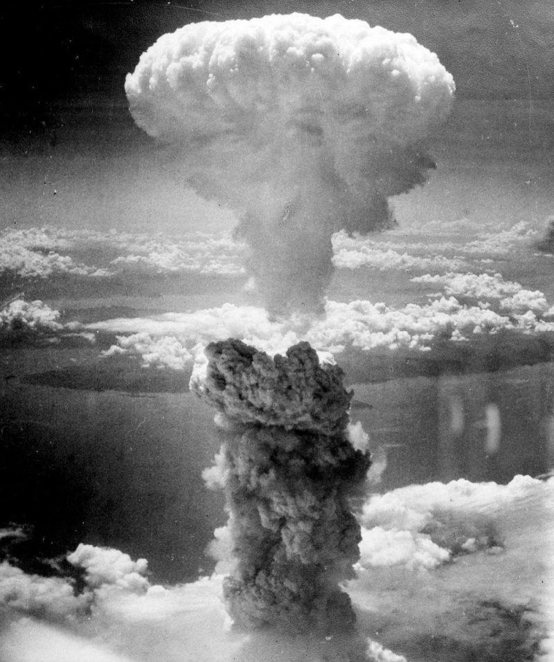 Le champignon atomique de Nagasaki en 1945