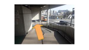戸塚駅前自転車置き場