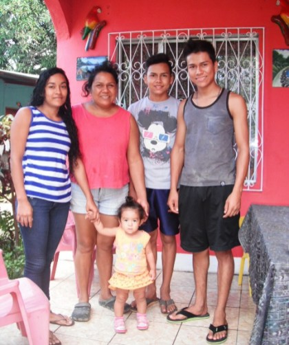 our homestay family -- photo courtesy of puesta del sol