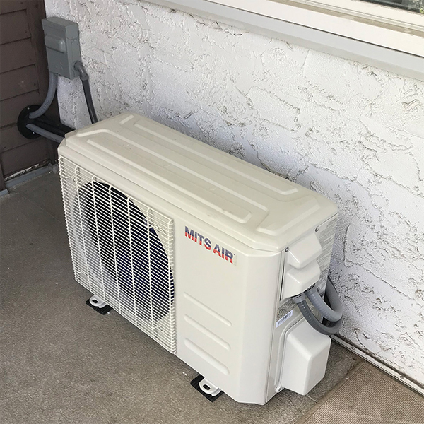 $400 OFF 1.5 Ton 20.5 SEER Central Air Conditioner