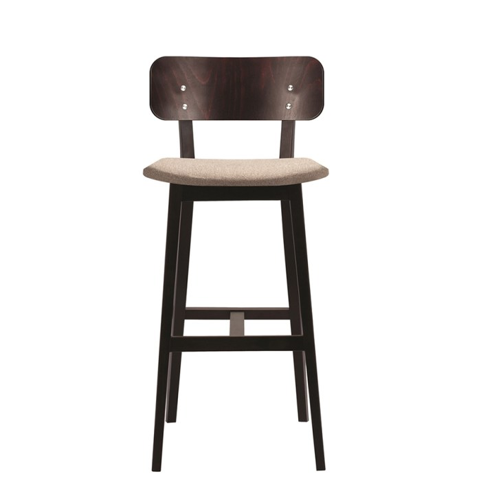 barrette highchair front view
