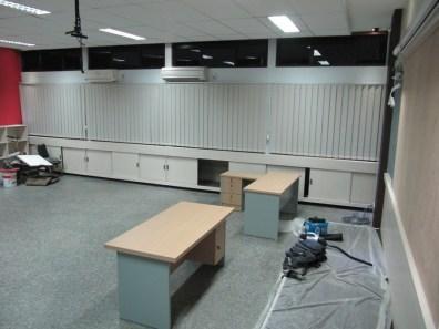 interior ruang kelas standar internasional (3)