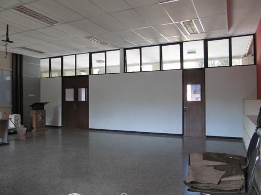 interior ruang kelas standar internasional (7)