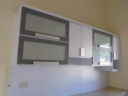 kitchen set bentuk l minimalis warna putih (2)