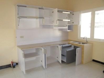 kitchen set bentuk l minimalis warna putih (4)