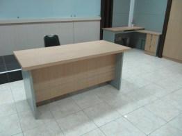 pesan furniture interior kantor di semarang (7)