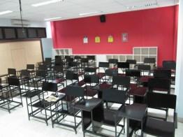 pesan furniture interior ruang kelas di semarang (10)
