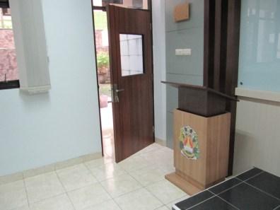 pesan furniture interior ruang kelas di semarang (14)