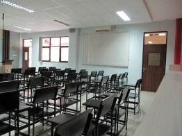 pesan furniture interior ruang kelas di semarang (7)