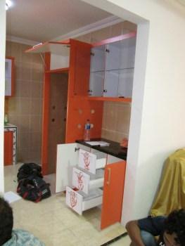 kitchen-set-warna-oranye-6