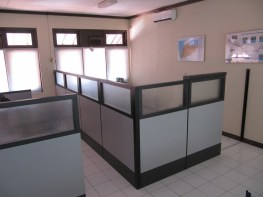 partisi-kantor-pintu-geser-furniture-semarang