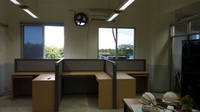 pabrik meja sekat partisi kantor jawa tengah semarang