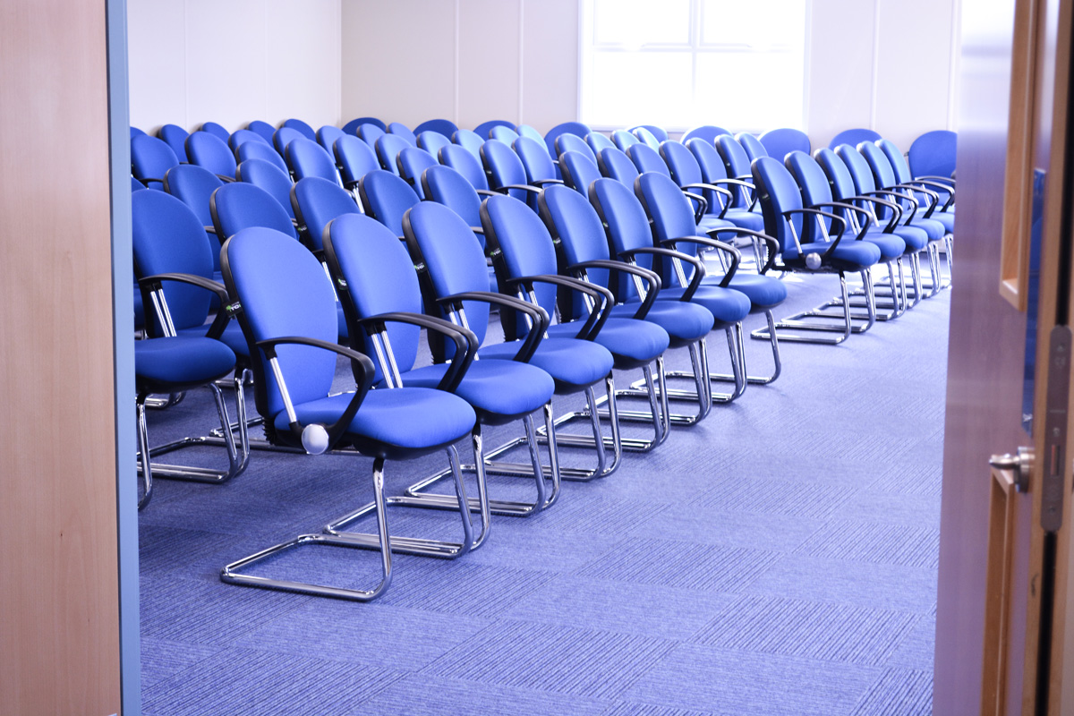meeting-conference-room-chairs-induction-seminar-office-facility-furniture