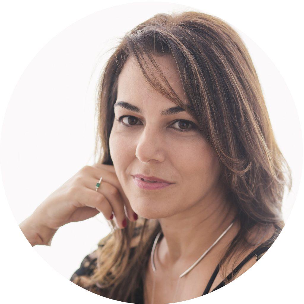 Paula Curiacos
