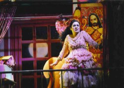 Amalia sings in the barber of seville