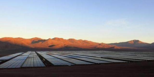 Going Solar – System Requirements For 100% U.S. Solar Generated Utility Baseload Electricity