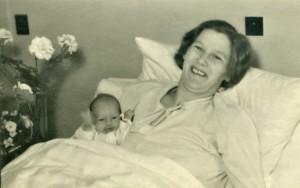 Ringgaard og Møllers fødeklinik den 16. april 1945: Mor & Else