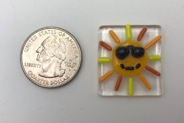 $6    (1″ X 1″)  Tile/Suncatcher