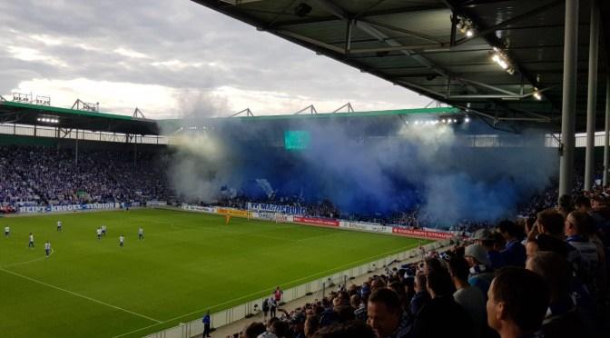 """""""Krieg dem DFB"""" Proteste in der ersten Runde des DFB-Pokal 2017"""
