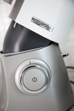 The new Kenwood Sense stand maker makes mixing, whisking and kneading easy.