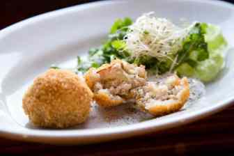 Arancini with smoked cheese