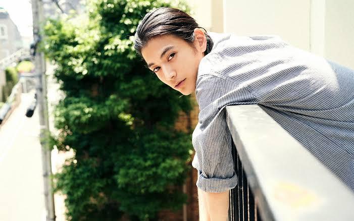 渡邊圭祐の結婚歴や歴代彼女元カノは?顔画像や馴れ初め・噂を調査!