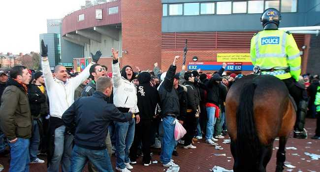 roma-fans-in-a-previous-visit-to-manchester