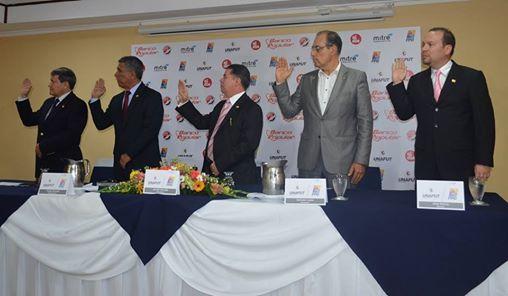El Consejo director fue juramentado la tarde de este jueves en el Hotel San José Palacio