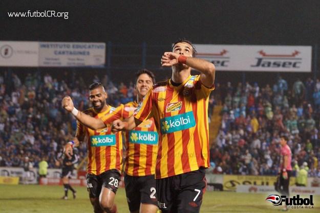 Sin duda Yendrick Ruíz con dos goles y una asistencia se llevó el premio a la figura del encuentro.