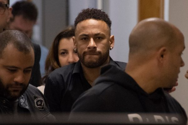 Neymar dinero