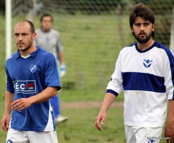 Sebastián Ligüera (de blanco) dejaría Quilmes. Guillermo Baleztena (de azul) seguirá en Alianza?